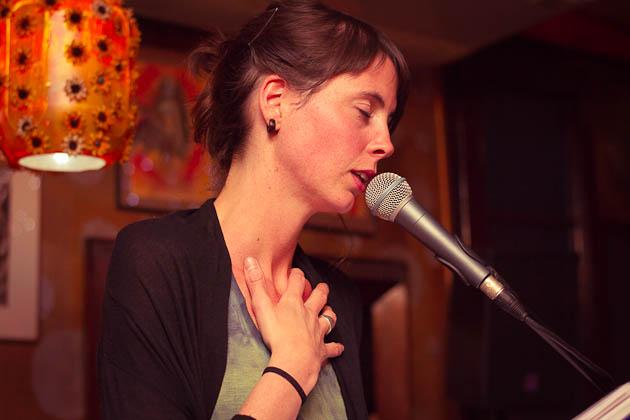 Mireia Calafell. Fotografías by Frederic Navarro