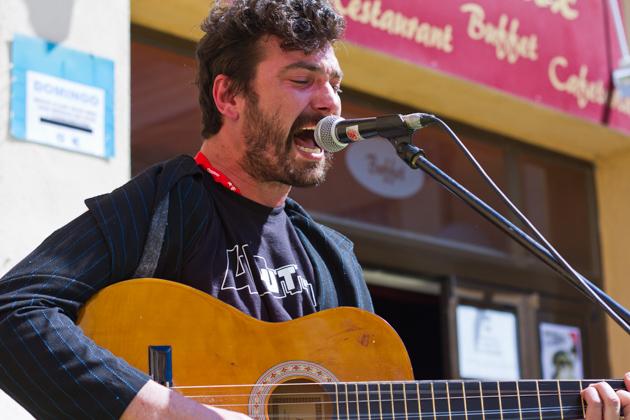 Autodestrucción a la Fira de Música al Carrer de Vila-seca 2012. Photos by Frederic Navarro